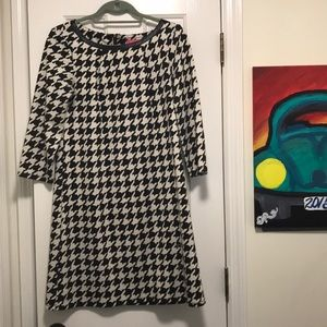 Houndstooth a line 3/4 sleeves dress